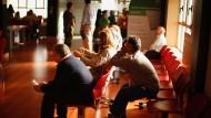 Arbeitsamt nahe Málaga: Der IWF sieht 25 Prozent Arbeitslosigkeit bis 2018