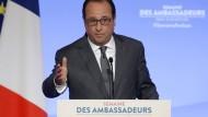 Hollande will Krieg gegen den Terrorismus führen