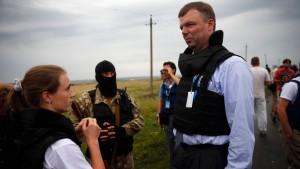 OSZE-Experten mit Warnschüssen zurückgedrängt