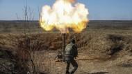 Artillerieduelle bei Donezk