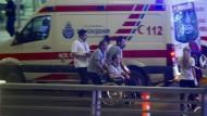 Mindestens zehn Tote bei Explosion am Istanbuler Flughafen Atatürk