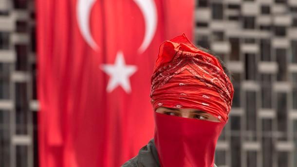 Erdogan droht mit Räumung des Gezi-Parks