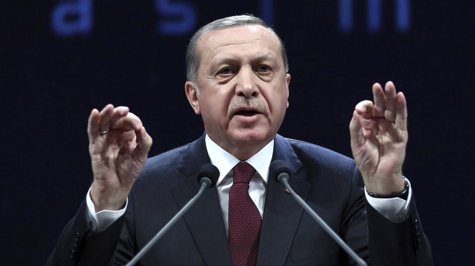 Der türkische Präsident Erdogan zeigt sich unbeeindruckt vom drohenden Ende der Beitrittsgespräche.