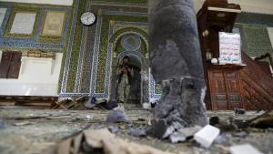 Viele Tote bei Anschlag auf Moschee