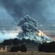 Häuser in Kobane brennen nach einem Luftangriff der Anti-IS-Allianz