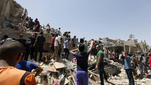Irakische Luftwaffe bombardiert versehentlich Bagdad