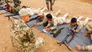 Bundeswehr bildet jetzt auch jesidische Kämpfer aus