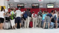Tausende reisen aus Tunesien ab