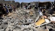 Saudi-Arabien zerstört Jemens Flottenstützpunkt