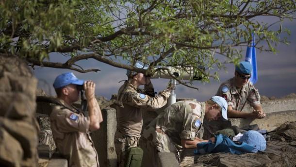 Blauhelmsoldaten kämpfen gegen syrische Islamisten