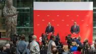 Neue Sheriffs in der Stadt: Schulz und Pistorius am Donnerstag im Willy-Brandt-Haus