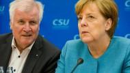 Zwei, die sich wieder lieb haben: Bundeskanzlerin Angela Merkel und CSU-Chef Horst Seehofer