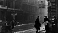 Checkpoint Charlie nach Kriegsende und heute
