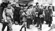 Verkündung der Mobilmachung in Belgrad am 25. Juli 1914
