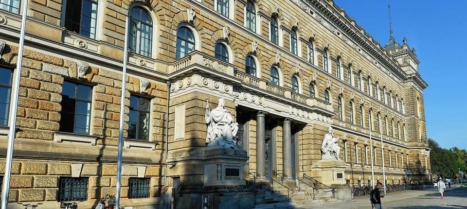 Das Landgericht Dresden wird über die Rehabilitierung entscheiden müssen.