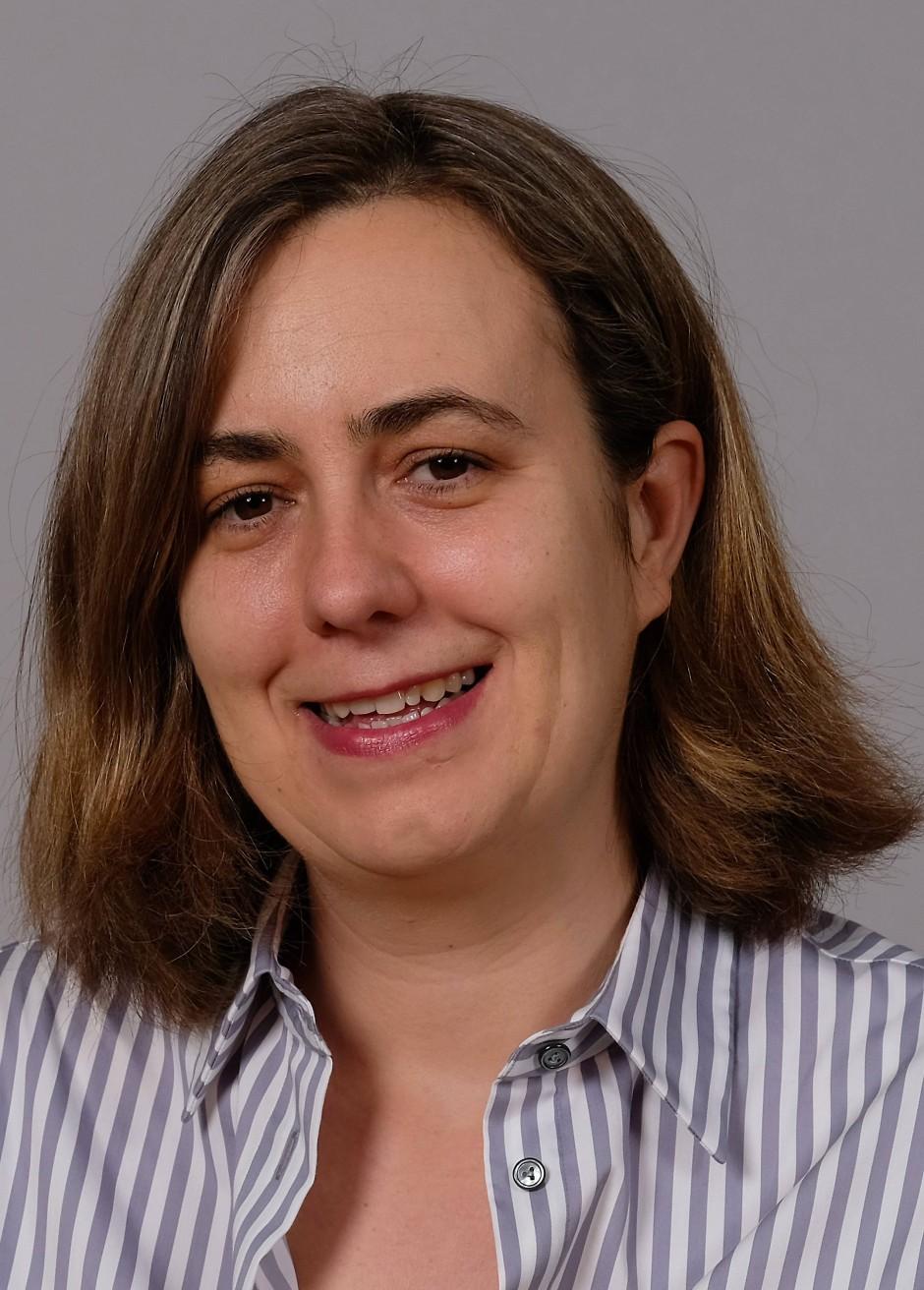 """Dr. Carolin Görzig leitet die Forschungsgruppe """"Wie ,Terroristen' lernen"""" am Max-Planck-Institut für ethnologische Forschung in Halle (Saale)."""