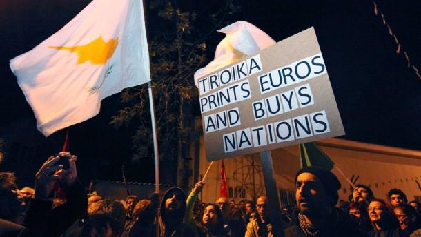 Brief Nach Zypern Dauer : Nach zypern einigung erst die troika dann rezession