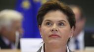 Slowenin Bratusek zieht Kandidatur zurück