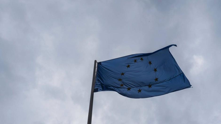 Die Sterne auf der EU-Flagge stehen in größerer Einigkeit beieinander als die europäischen Staats- und Regierungschefs.