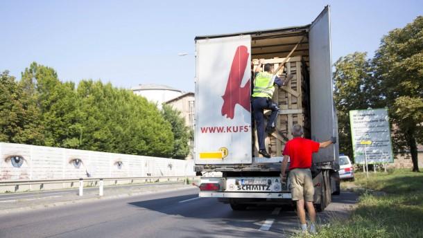 Österreich verschärft Kampf gegen Schleuser