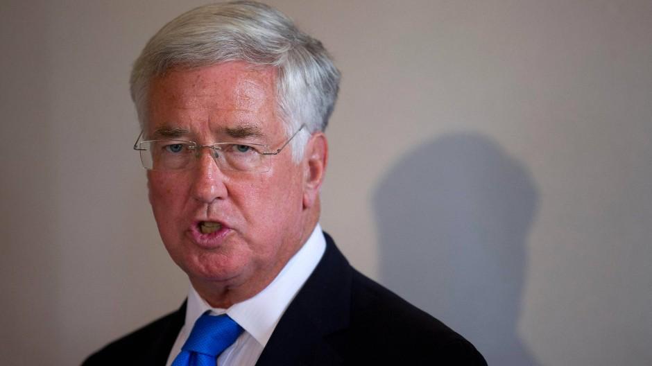 """Will keine europäische """"Kopie der Nato"""": der britische Verteidigungsminister Michael Fallon"""