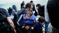 EU-Kommission will 40.000 Flüchtlinge verteilen
