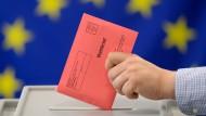 Bequeme Bürger: Die Zahl der Menschen, die per Brief abstimmen, steigt.