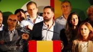 Jose Abascal, Vorsitzender der rechtspopulistische Vox-Partei, spricht anlässlich des Starts des Europawahlkampfs der Partei am 9. Mai.