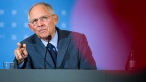 Schäuble warnt vor Flüchtlings-Lawine