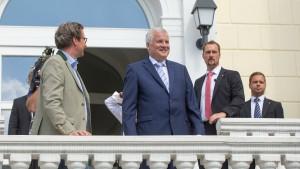 Seehofer gegen CSU-Kanzlerkandidaten