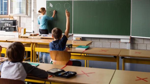 Regierung will mobile Luftfilter für Schulen kaufen