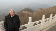 Zerbricht sich in China den Kopf über Konjunktive: CSU-Chef Horst Seehofer