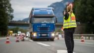 Die Grenzkontrollen sollen weiterhin auf die deutsch-österreichische Grenze beschränkt bleiben.