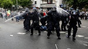 Schäuble fordert harte Strafen für antisemitische Gewalttäter