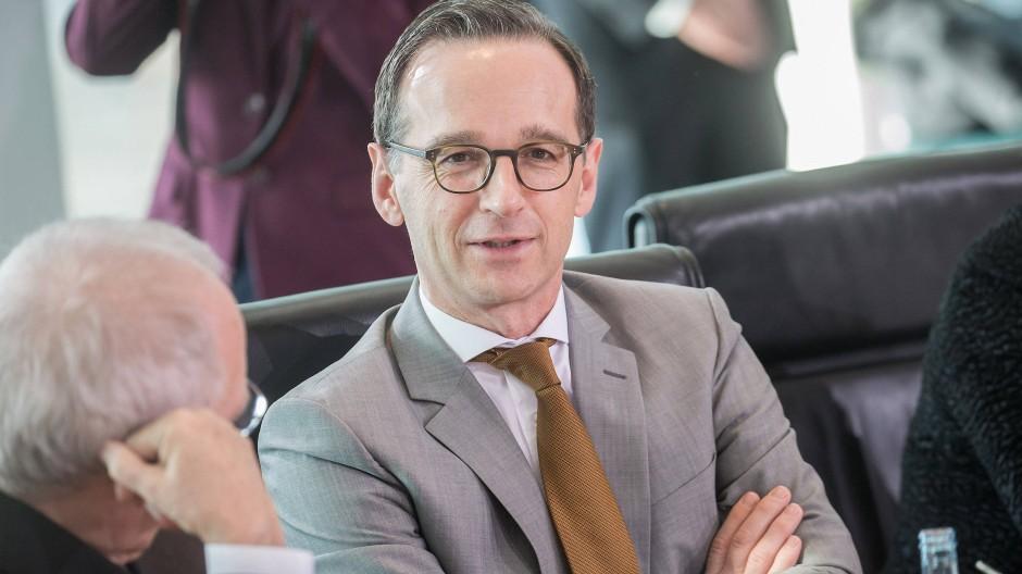 Justizminister Heiko Maas ist für eine Diskussion über intensivere Nutzung von DNA-Spuren.