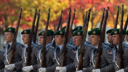 Fast 200 Rechtsextremisten aus Bundeswehr entlassen