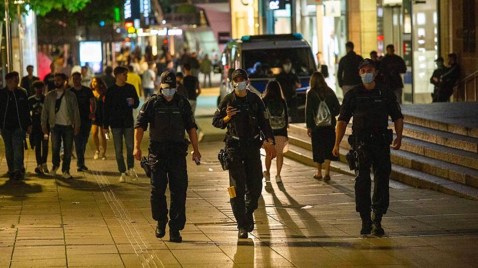 Alkohol und Testosteron: Die Stuttgarter Krawallnacht
