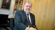 Der frühere SPD-Vorsitzende Kurt Beck springt seinem Amtsnachfolger bei.