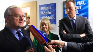 Schwarz-Rot-Grün einigt sich auf Koalitionsvertrag