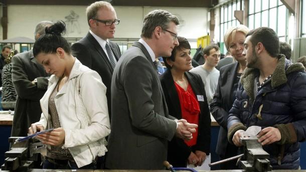 Ein EU-Kommissar sucht die Armut