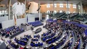 Bundestags-Fraktionen bekommen mehr Geld