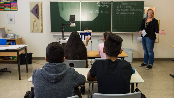 """""""Die Schule ist die einzige Chance gegen Extremismus"""""""