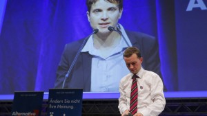 Petry fordert von Lucke-Anhängern Mandatsverzicht