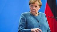 Bundeskanzlerin Angela Merkel am Dienstag in Berlin bei einer Pressekonferenz mit dem österreichischen Ministerpräsidenten Sebastian Kurz