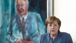 Mehrheit bezweifelt volle Amtszeit Merkels