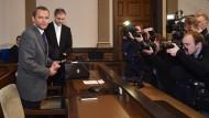 Verfahren gegen Edathy wird vertagt