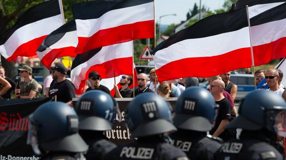 """""""Die Rechte"""" in Kassel: Hat Hessen ein besonderes Problem mit Rechtsextremismus?"""