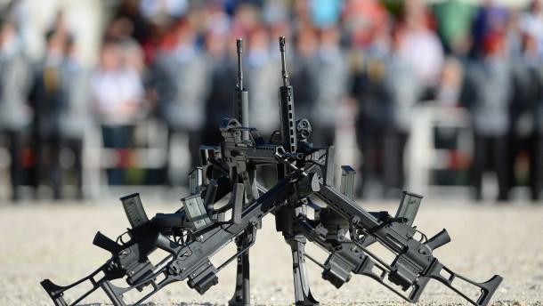 Polizei und Armee vermissen mehr als 100 Waffen