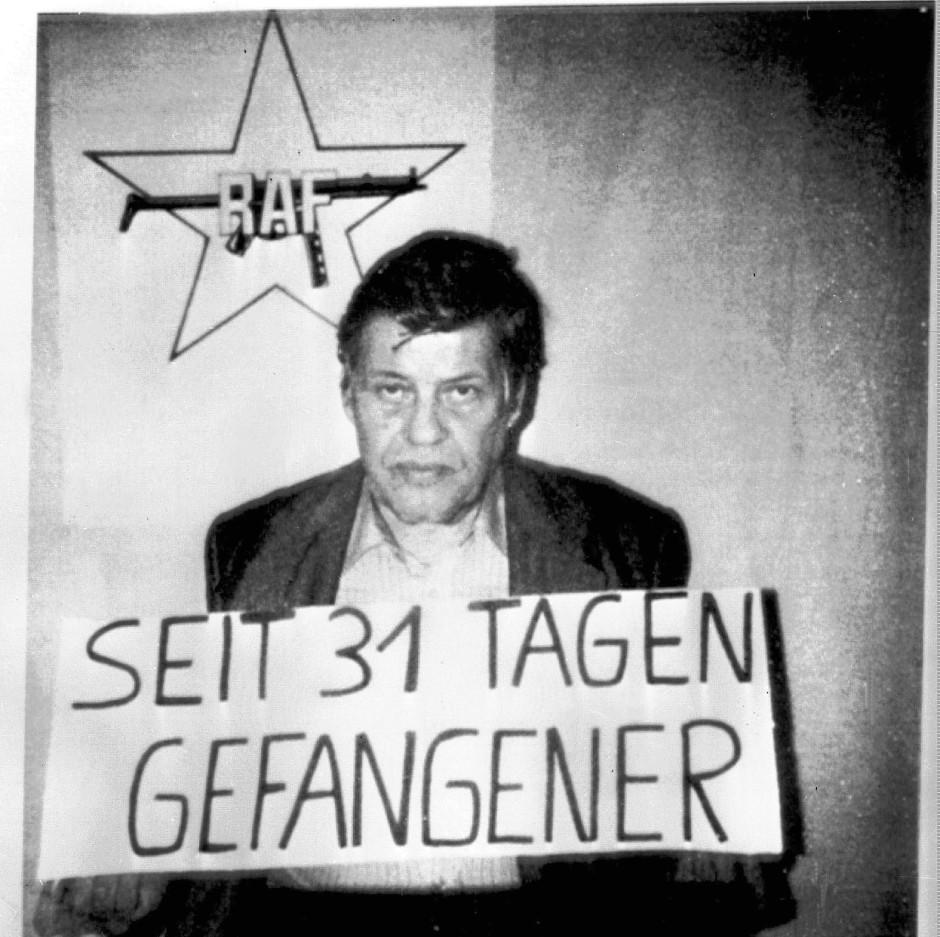 https://media1.faz.net/ppmedia/aktuell/politik/inland/2063349817/1.5182797/default/das-zeichen-der-roten-armee.jpg