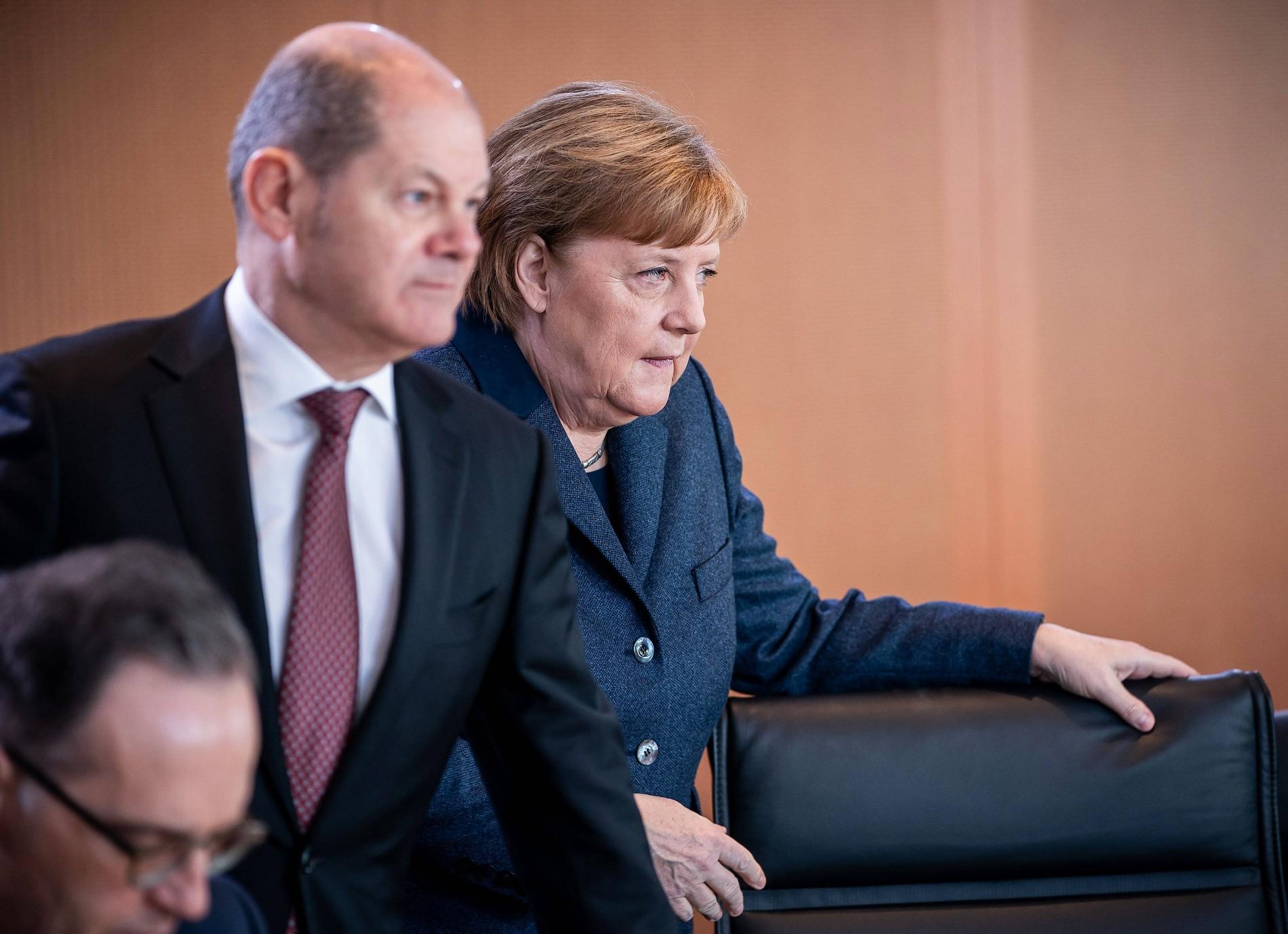 Angela Merkel und Olaf Scholz: Zwei alte Sterne steigen wieder